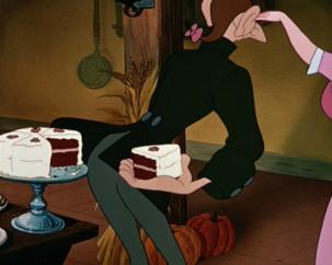 sleepy-hollow-ichabod-cake